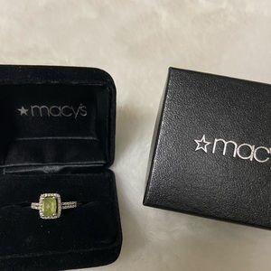Macy's Fine Jewelry Peridot ring